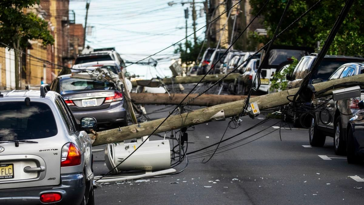 2.2 million homes and businesses along the East Coast have no power after Isaias: https://www.cnn.com/2020/08/05/weather/post-tropical-cyclone-isaias-wxc/index.html